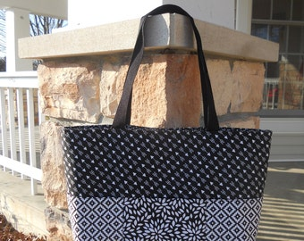 Large 6-Pocket Tote Bag...in Black and White All Over