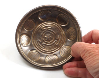 Handmade Pottery Goddess Hekate's Wheel Offering Bowl in GOLD