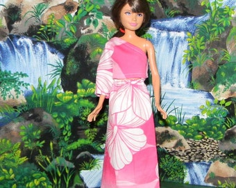 SKPR1-122) Skipper doll clothes, 1 pretty long skirt and top with one sleeve