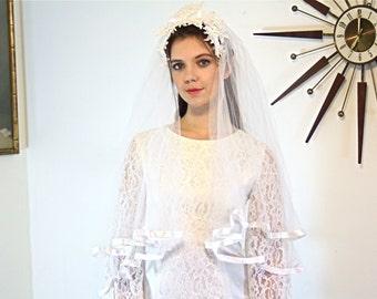 Vintage 60s Wedding Veil MAD MEN White Tulle Double Netting Satin Trim Medium Long lace flower Head Band 1960s Floral Bridal Veil