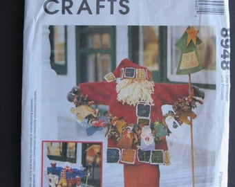 McCalls 8948/Uncut Sewing Pattern/33 in Greeters/Santa Claus and Snowman/1997 Craft Pattern
