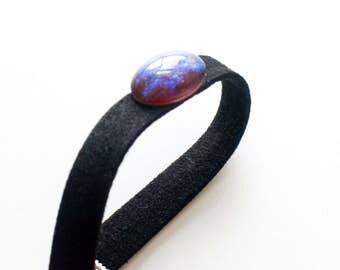 Opal Stone Bracelet Black Suede Retro Boho Bracelet Glittering Gem Charm 90s Inspired Jewelry Boho Suede Wrap