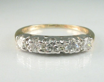 Vintage Diamond Wedding Ring – 0.45 Carats Diamond Total Weight – 14K Yellow Gold With White Gold Top