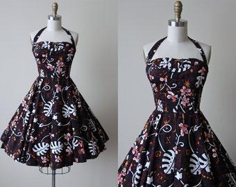 50s Dress - Vintage 1950s Hawaiian Dress - Black Alfred Shaheen Bust Shelf Halter Sundress S - Sunny Holiday Dress