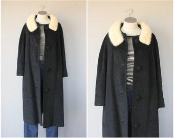 Vintage 1950s Lilli Ann Coat | 50s Coat | Black Cashmere Coat | Fur Collar Coat | Black 1950s Wool Coat
