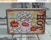 HOLIDAY SALE Vintage POPCORN Box / Recipe Box / Holds Microwaveable Popcorn Packets / Holds 4x6 Recipe Cards / Organizing Storage Box  / Ret