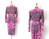 o n l a y a w a y.......vintage 1940s dress / silk paisley print 40s dress / Claudia Young (small s)