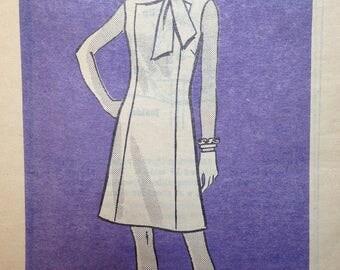 Vintage 60s Dress Pattern Built in Scarf 34 bust Mod a Line Panel