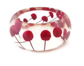 Size Large Red Resin Bangle.  Pressed Flowers.  Christmas Gift.  Resin Jewelry. Personalized Gift. Engraved Mom.  Resin Bracelet