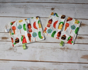 Hungry caterpillar suck pads/drool pads/hungry/caterpillar/eric karl/food/yellow/babycarrier/accessories/SSC