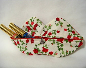 Zippy Lips in Tiny Rosebuds on Cream - Makeup Pouch - Coin Purse - Lipstick Pouch - Ready To Ship