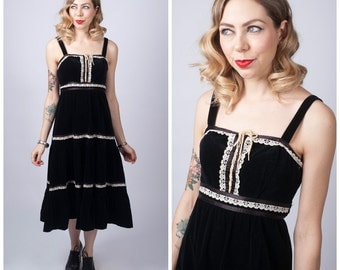 Vintage 1970's Black Velvet Tiered Boho Dress/ 70's Black and Cream Peasant Dress/ Prairie Dress Size Small