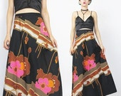 20% Off SALE 1970s Maxi Skirt Graphic Floral Skirt Floral Print Maxi Skirt Black Brown Pink Flowers Neon Psychedelic Skirt Boho Hippie Skirt