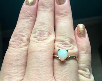 Opal Heart Ring - 10k Gold - Vintage