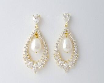 Gold Crystal Earrings for Bride Gold Teardrop Bridal Earrings Gold Wedding Jewelry Crystal Pearl Wedding Earrings Cubic Zirconia, Juliette