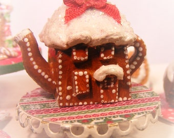 12TH Scale Dolls House Gingerbread Cottage Teapot