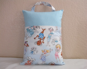 Travel PILLOWCASE / Adult or Child / Pillowcase with Pocket / Whimsical LADIES /Pillowcase for All Ages/Kid or Adult Pillowcase
