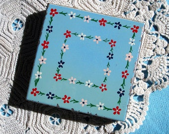 Vintage Zell Powder Compact - Shabby Chic - Square