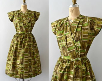 1950s Vintage Dress - 50s Gold and Green Swirl Wrap Dress