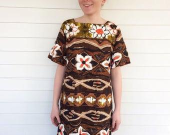 60s Tiki Dress Kiyomi Hawaii Resort Hawaiian Brown Print Barkcloth Vintage 1960s