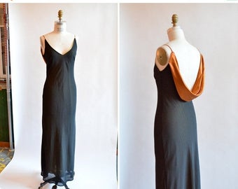 40% OFF until Monday / Vintage 1990s BACKLESS evening gown