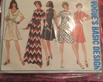 70's Vintage Vogue Sewing Pattern