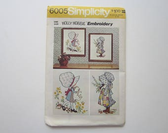 vintage pattern - HOLLIE HOBBY embroidery - circa 1973 UNCUT
