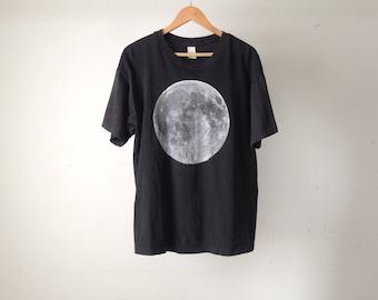 FULL MOON black moon vintage soft faded size XL t-shirt
