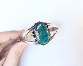 turquoise cuff Bracelet Sterling silver 925 vintage with fabulous stone