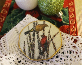 Vintage Christmas Pin Brooch Birds Snow Holiday Gold Tone Retro
