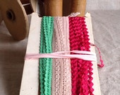Antique Laces / Vintage Trims / Pink White Laces Green Trim Numerical Label 4Pcs NOS