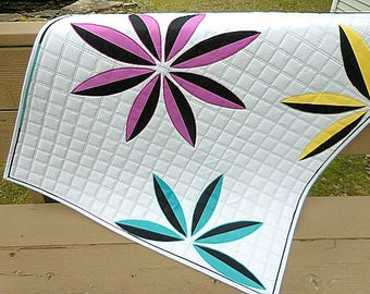 Simply Petals, wall hanging, quilted wall hanging, modern quilt, magenta, gray, turquoise, yellow