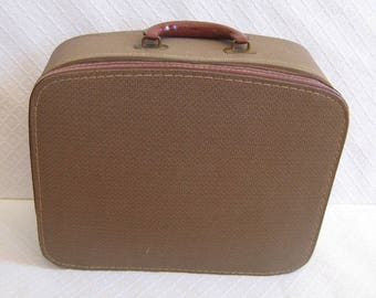 Vintage Zippered Brown Suitcase, 1960s