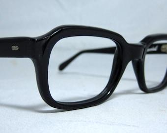 Vintage EyeGlasses Mens 50s-60s Black Horn Rim Frames.