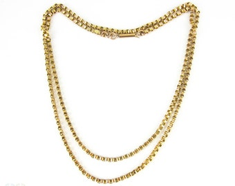 Antique 15 Carat Chain, Long Belcher Link Yellow Gold Heavy Chain Necklace. Circa 1890s, 75.5 cm / 29.75 inches.