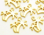 PD-1762-MG / 4 Pcs - Palm Tree Pendant, Illustration Style Palm Tree Charm Pendant, Matte Gold Plated over Pewter / 19mm x 19mm