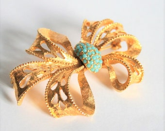 Vintage bow brooch. Turquoise crystal brooch. Gold bow brooch
