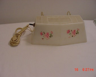 Vintage Bed Head Board Reading Light With Carnation Flowers  17 - 344