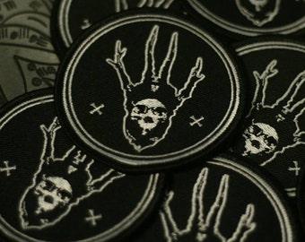 Horned skull patch