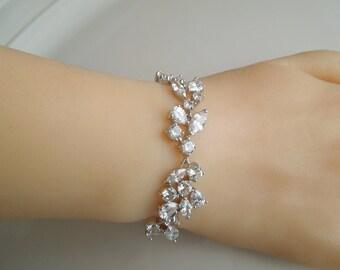 Pearl Bracelet Bridal Rhinestone Bracelet Ivory Pearls Cubic Zirconia bracelet vintage Bridal Pearl Bracelet Wedding Pearl Bracelet RACHAEL