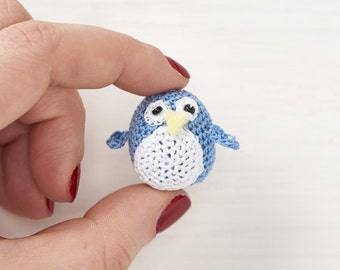 Micro crochet penguin pdf crochet pattern - Mollymakes advent calendar day 10