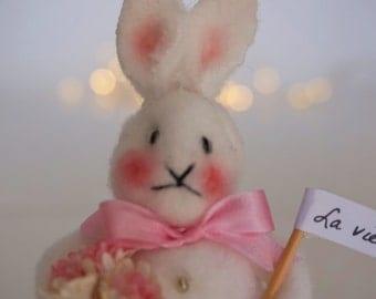 Sweet Soft Bunny says La Ville est Belle