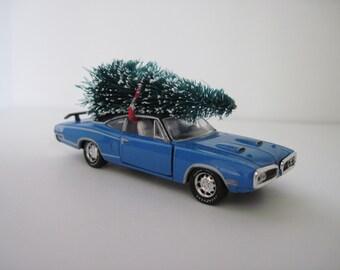 1970 DODGE SUPER BEE Hemi - Christmas Ornament, Christmas Village Display - Christmas Tree Tied to Top