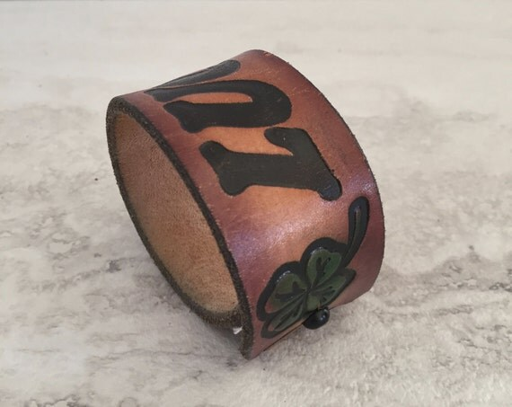 "Women's Brown Cuff Bracelet stamped ""Lucky"" (Size 6.25 Inches)"