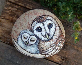 BARN OWL Mother and Baby Totem Hand Painted Stones OWLS Rock Art Animals Spirit Guide Artwork Baby Shower Gifts Nature Paintings Tyto Alba