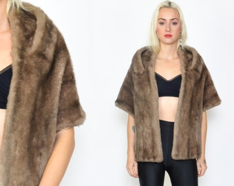 1960s TAUPE FAUX FUR Stole. Shoulder Wrap/Cropped Coat/ 90's Faux Fur Cropped Coat size - Small/Medium/ Faux Fur Brown Wrap with Pockets