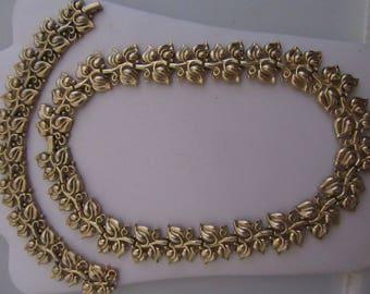 Golden Leaf Pattern Trifari Necklace and Bracelet