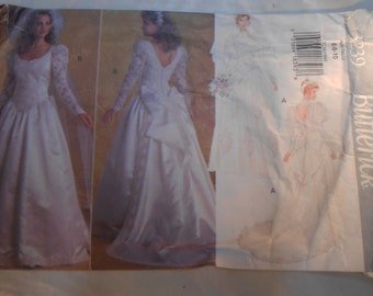 Vintage PATTERN Butterick 3239 Misses' Dress & Detachable Train Size 6-8-10