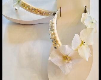 WEDDING Flip Flops!Bridal Flip Flops/Wedges.Bridal Shoes. Wedding SandalsBridesmaids Sandals..Wedding Shoes