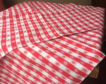 Mid Century Red and White Checkered Picnic Tablecloth French Cotton